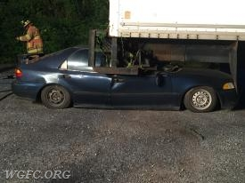Scenario 1- A vehicle that had rear-ended a box truck
