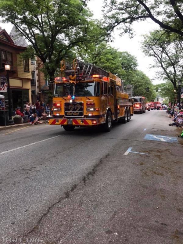 Ladder 22 at parade central in Kennett