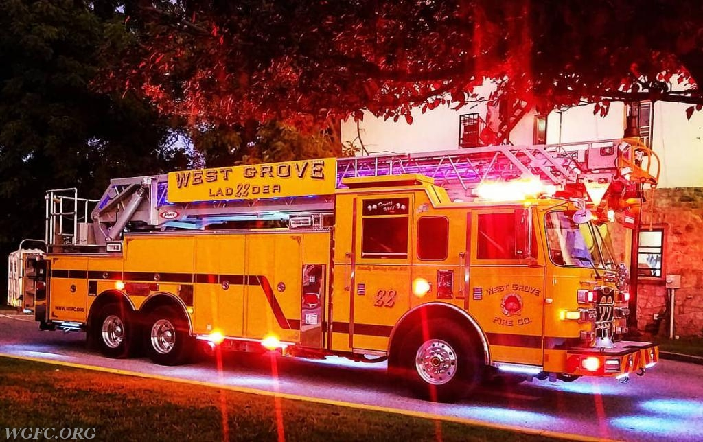 That is one good looking ladder truck!